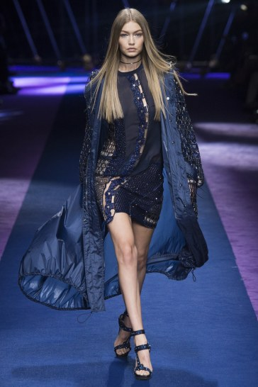 versace-spring-2017-look-52
