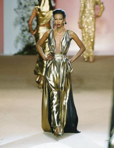 yves-saint-laurent-spring-2002-couture