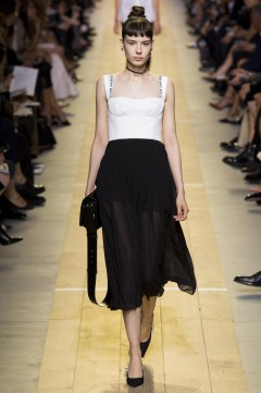 christian-dior-spring-2017-look-20