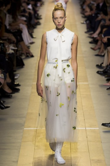 christian-dior-spring-2017-look-26