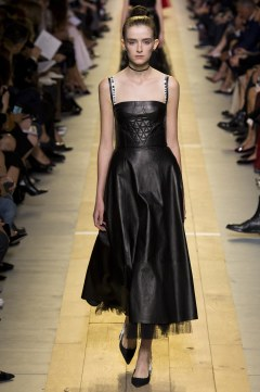 christian-dior-spring-2017-look-32