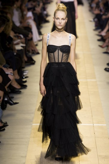 christian-dior-spring-2017-look-46