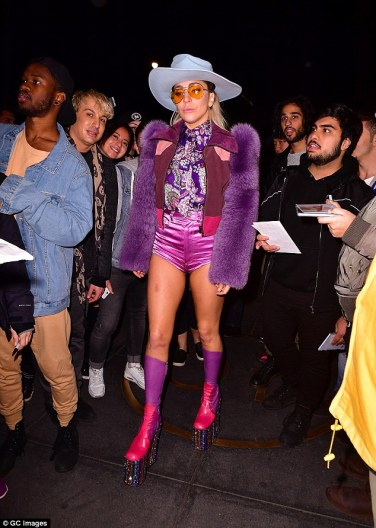 lady-gaga-in-marc-jacobs-spring-2017