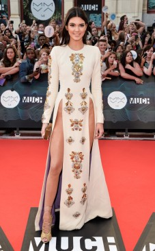2014-muchmusic-video-awards-kendall-jenner-in-fausto-puglisi-fall-2013