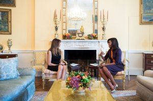 Michelle Obama vs. Melania Trump -2016.11.11-