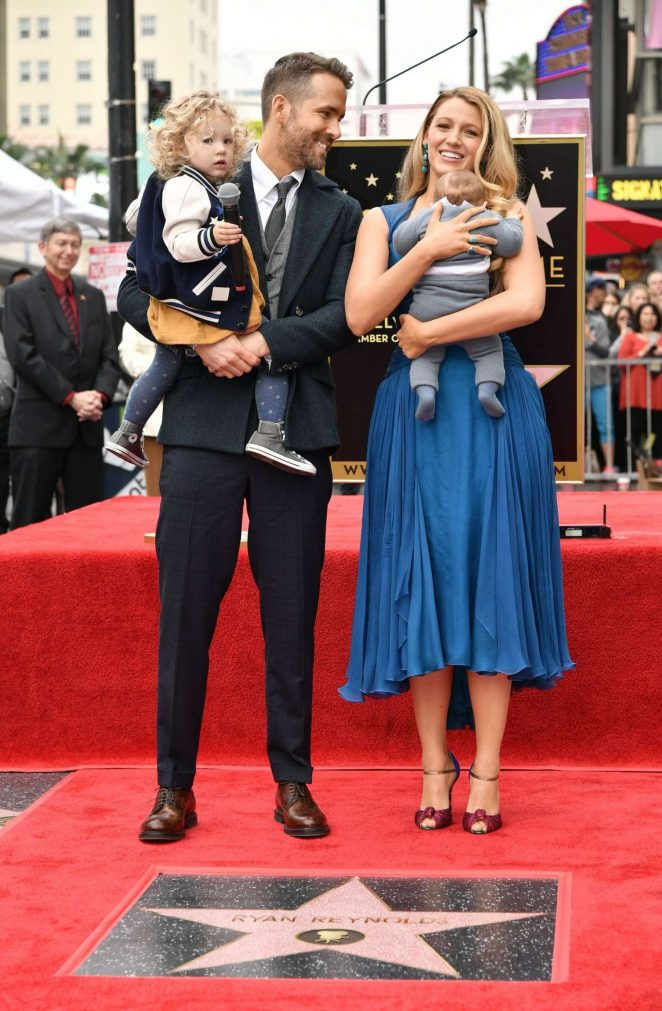 blake-lively-in-atelier-versace-with-ryan-reynolds-and-kids
