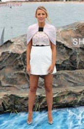 blake-lively-in-giambattista-valli-spring-2016-couture