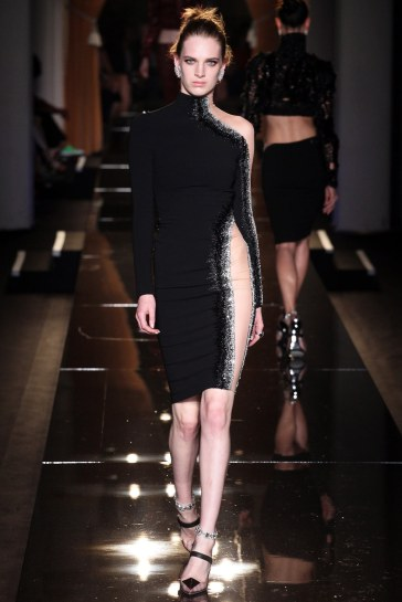 atelier-versace-fall-2013-couture-5