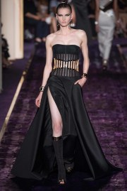 atelier-versace-fall-2014-couture-5