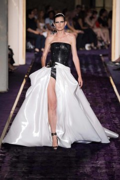 atelier-versace-fall-2014-couture-6