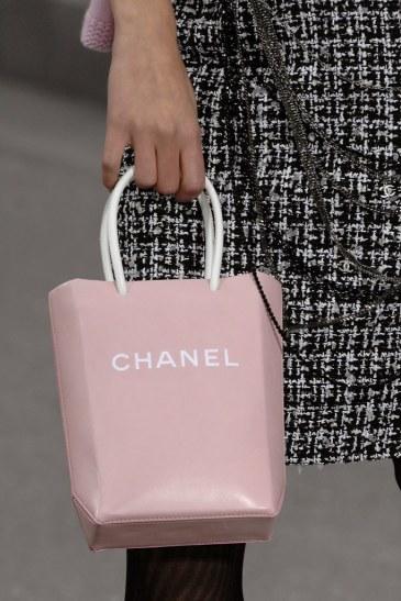 chanel-spring-2009-handbag-1