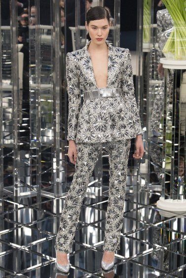 chanel-spring-2017-couture-look-27