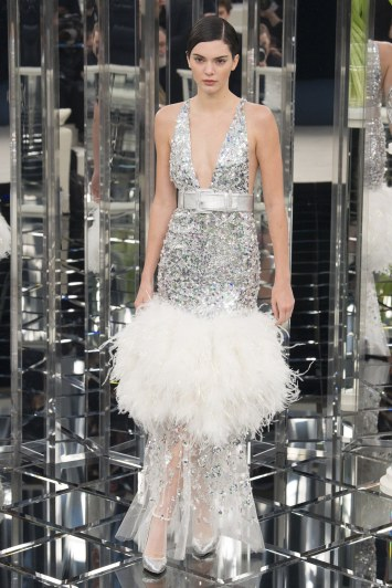 chanel-spring-2017-couture-look-63
