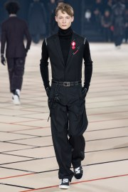 dior-homme-fall-2017-menswear-look-11
