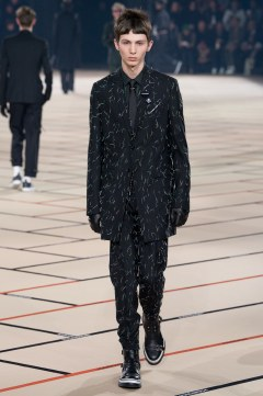 dior-homme-fall-2017-menswear-look-19