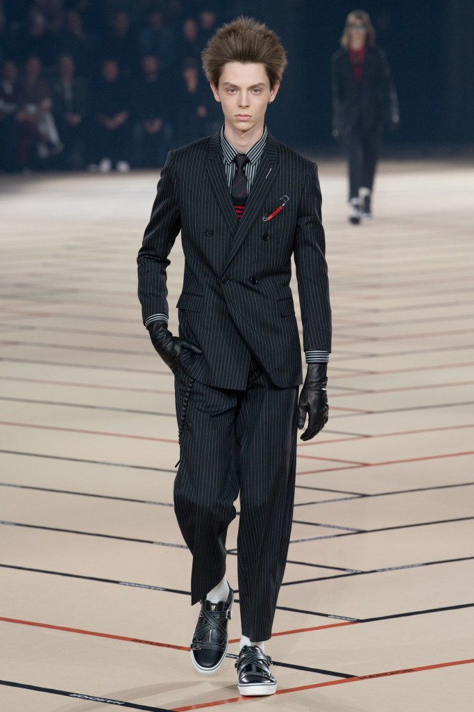 dior-homme-fall-2017-menswear-look-2