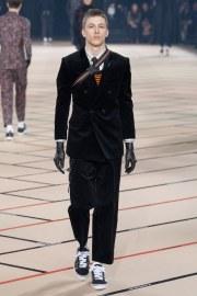 dior-homme-fall-2017-menswear-look-35