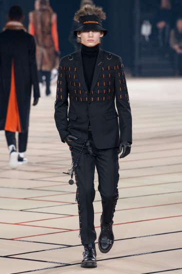 dior-homme-fall-2017-menswear-look-38
