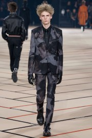 dior-homme-fall-2017-menswear-look-43