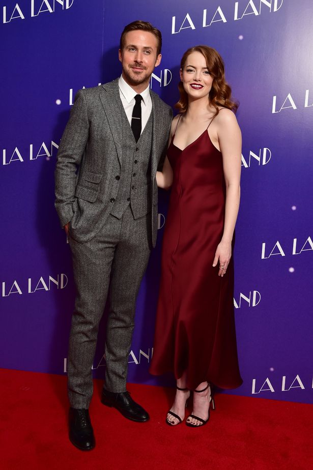 emma-stone-in-the-row-with-ryan-gosling-1