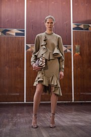 givenchy-pre-fall-2017-look-4