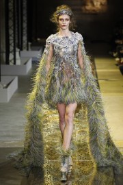 guo-pei-spring-2017-couture-look-9