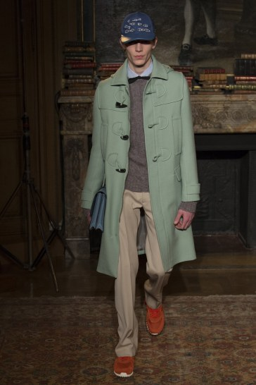 valentino-fall-2017-menswear-look-25