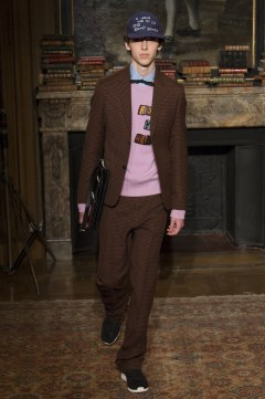 valentino-fall-2017-menswear-look-46