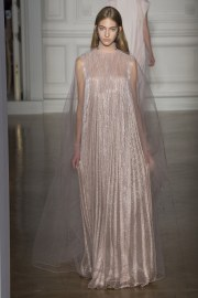 valentino-spring-2017-couture-look-3
