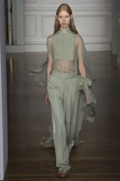 valentino-spring-2017-couture-look-7