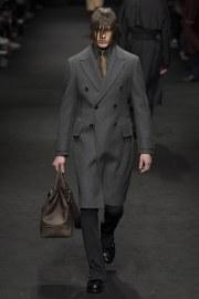 versace-fall-2017-menswear-look-10