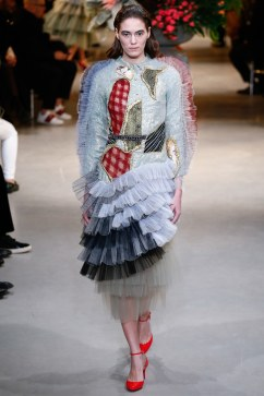 viktor-rolf-spring-2017-couture-look-18