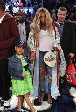 beyonce-blue-lvy-in-gucci