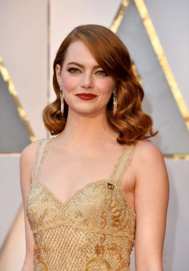 emma-stone-in-givenchy-3
