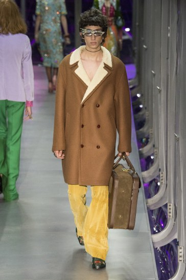 gucci-fall-2017-look-39