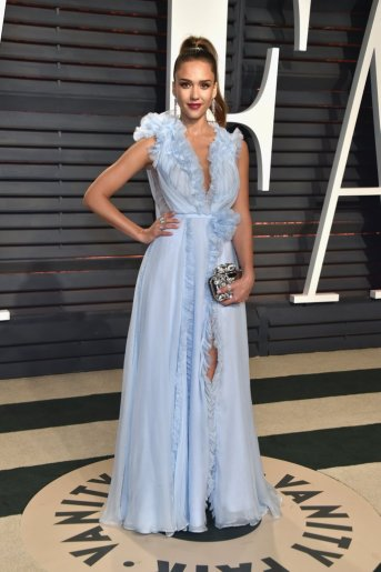 jessica-alba-in-ralph-russo-spring-2017-couture