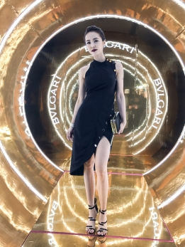 jolin-tsai-in-versace-spring-2017