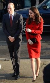 kate-middleton-in-luisa-spagnoli-red-skirt-suit-3