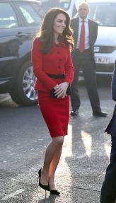 kate-middleton-in-luisa-spagnoli-red-skirt-suit-4