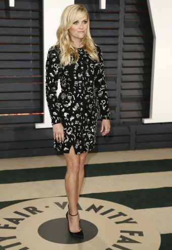reese-witherspoon-in-michael-kors-fall-2017-2