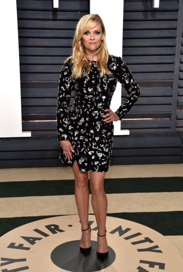 reese-witherspoon-in-michael-kors-fall-2017
