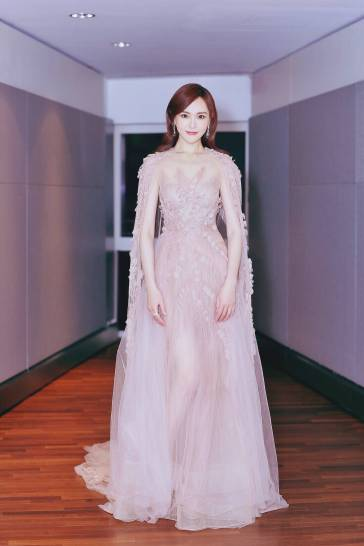 tang-yan-in-georges-chakra-fall-2016-couture-1