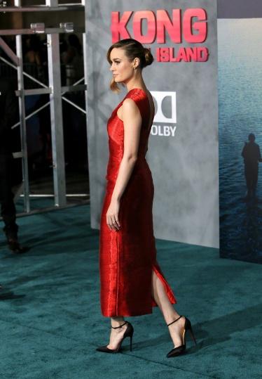 Brie Larson in Oscar de la Renta-2