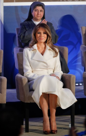 Melania Trump in The Row Resort 2017-3