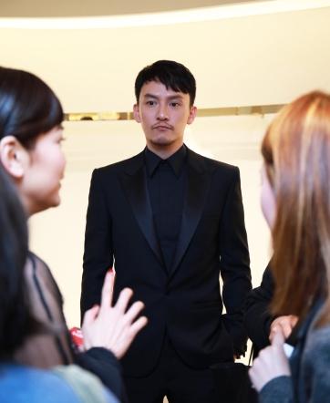 Chang Chen in Versace-2