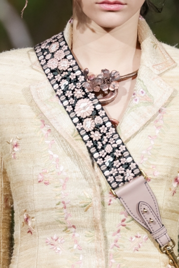 Christian Dior Spring 2017 Couture Tokyo detail-3