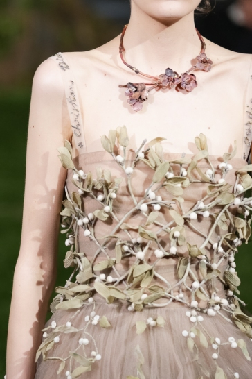 Christian Dior Spring 2017 Couture Tokyo detail-5