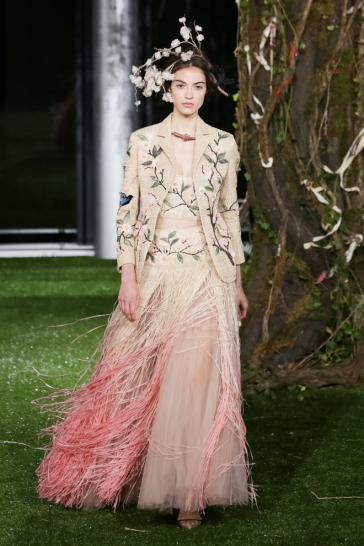 Christian Dior Spring 2017 Couture Tokyo Look 4