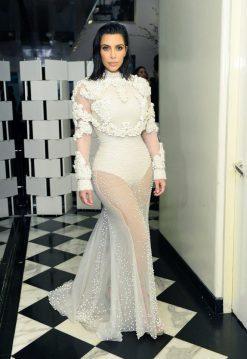 Kim Kardashian in Givnechy Fall 2011 Couture-3
