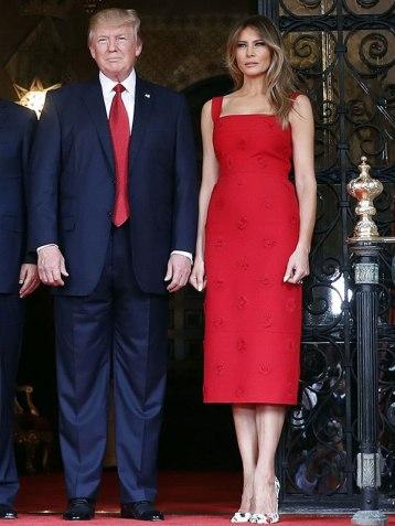 Melania Trump in Valentino Resort 2017-3